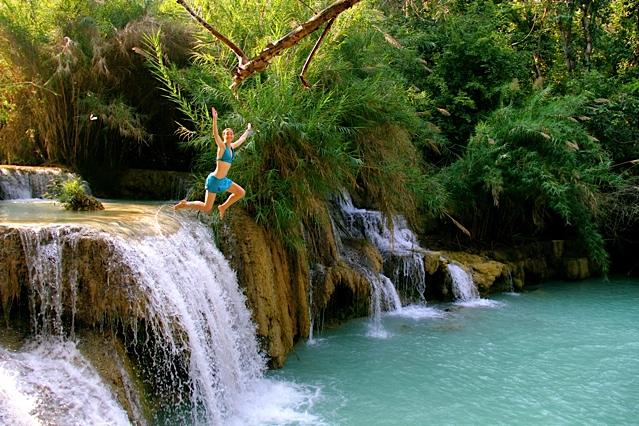 laos-waterfall-jump