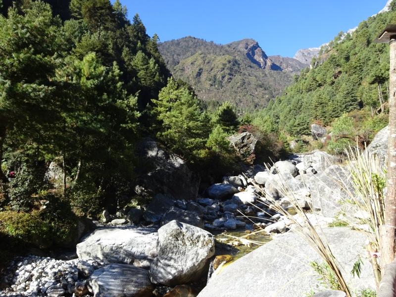 Scenery near Phakding