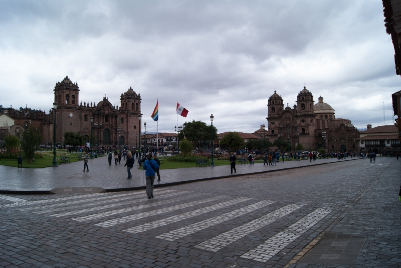 Plaza de Armas - Spot the Helenka!
